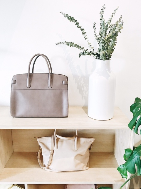 Ethical, sustainable, and ecofashion by Everlane, Cuyana, Nisolo, AllBirds, and Rothys