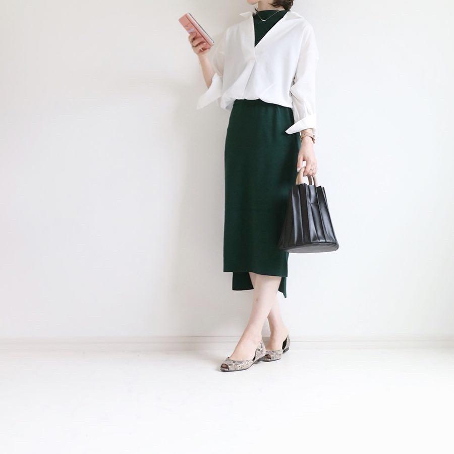 着るだけでコーデ完成のらくちんワンピース。シャツをハーフインしたスタイルで、きれいめだけど抜け感もあり完璧♛ #ShopStyle #MyShopStyle #LooksChallenge #Petite #andemiu #通勤コーデ #python #きれいめコーデ
