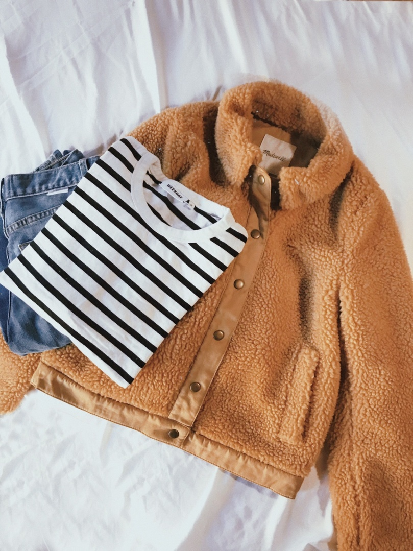 Look by Kate Ogata featuring Madewell Sherpa Portland Jacket