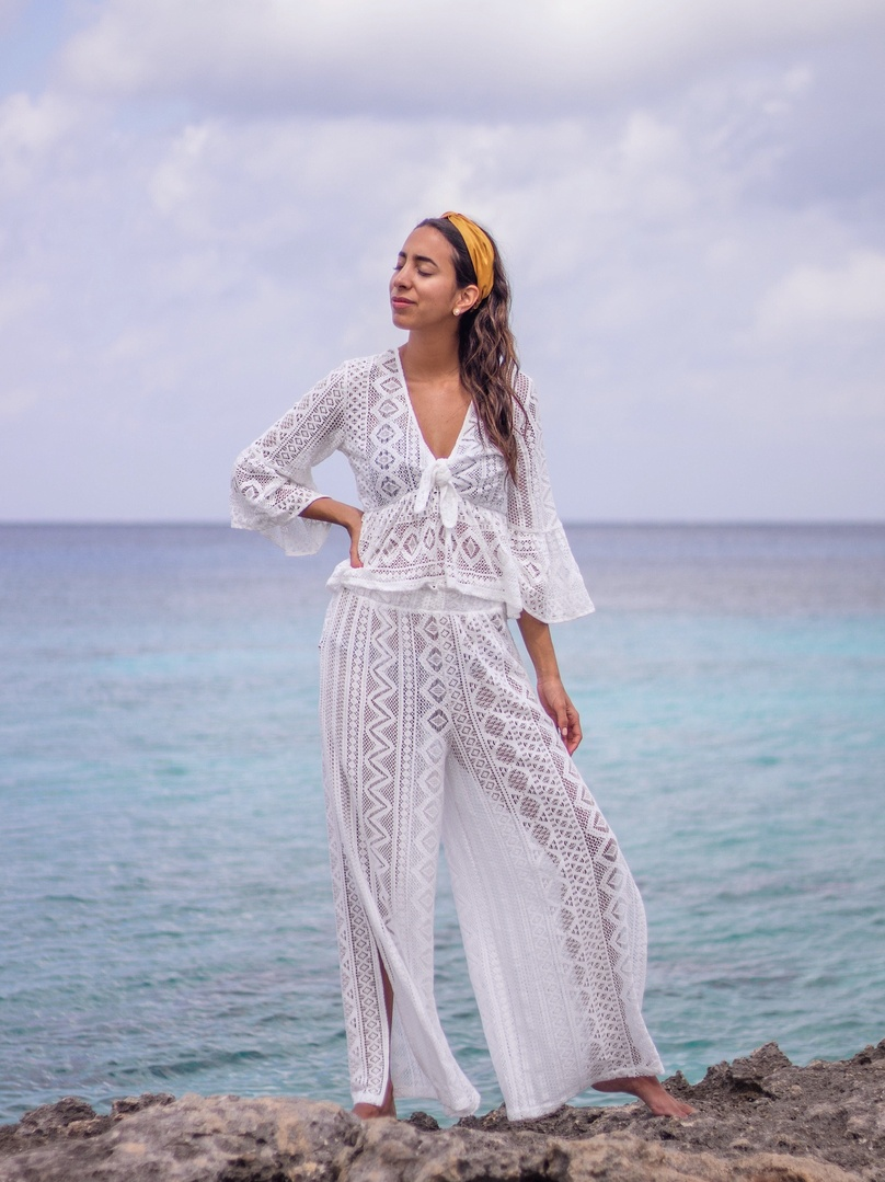 Nothing better than white lace for a day at the beach  #coverup #beachcoverup #swimwear #BeachVacation #OOTD