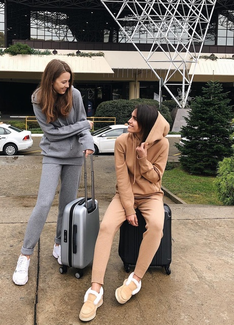 Comfy Travel Outfits #ShopStyle #MyShopStyle #Lifestyle #Travel #TrendToWatch#Tracksuit