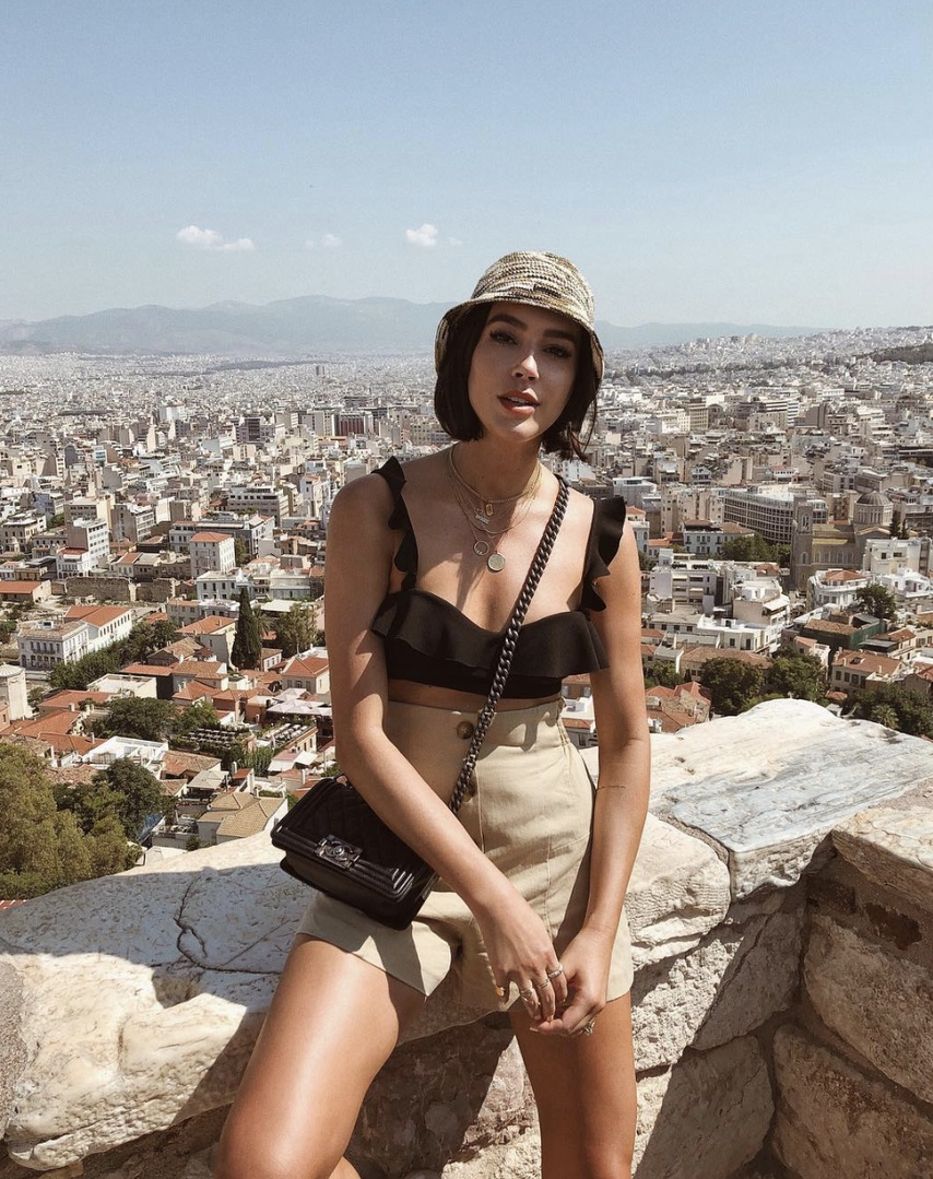 Last day in Athens, the private tour of the Acropolis and the Acropolis museum was def my highlight 👌🏼 cannot get enough of all things historyyy #TravelOutfit #WeekendLook #BirthdayParty #SummerStyle #ShopStyle #shopthelook #MyShopStyle #BeachVacation #OOTD #SpringStyle #greece #summervacation #athens #tan #shorts #ruffle #straw #woven #buckethat