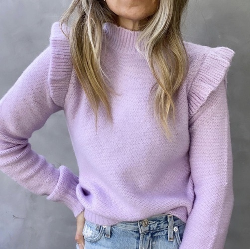 sic #casuallooks #oversizedsweater #trending #2020 #2021 #streetfashion #cozyoutfits #comfyoutfits #howtostyle #casualoutfits