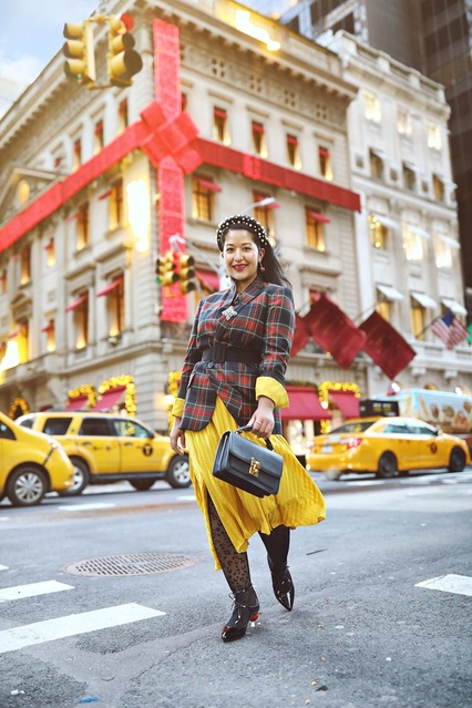 Plaid blazer with a yellow dress #plaidblazer #yellowdress #falllook