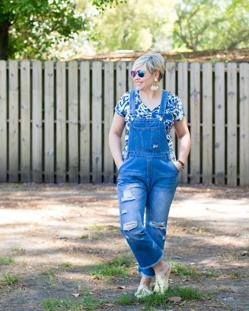 Easy weekend look #ShopStyle #MyShopStyle #overalls #agelessstyle #springfashion