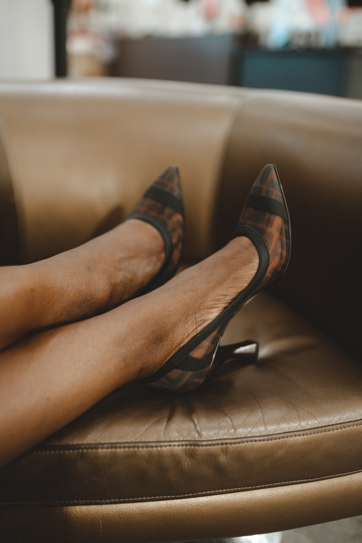 Look by Niké Ojekunle featuring Colibri Logo Pointed Toe Pump