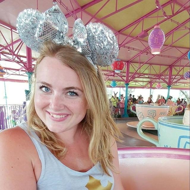 Disney World Sparkly Mickey Ears Headband Silver Rose Gold Sequined Sparkly Disneybound #Disney #MickeyEars