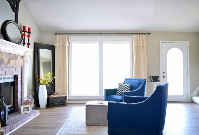 farmhouse style living room, farmhouse decor, modern farmhouse, living room decor  #farmhouse #livingroom #ad #homestyle