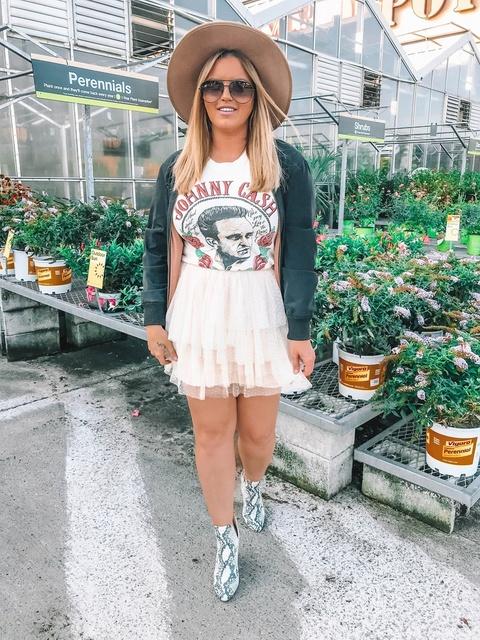 leblog #blog #styleblogger #outfitoftheday #ootds #outfittoday #outfitblog #ootdmagazine #outfitideas #styleicon #fashionista