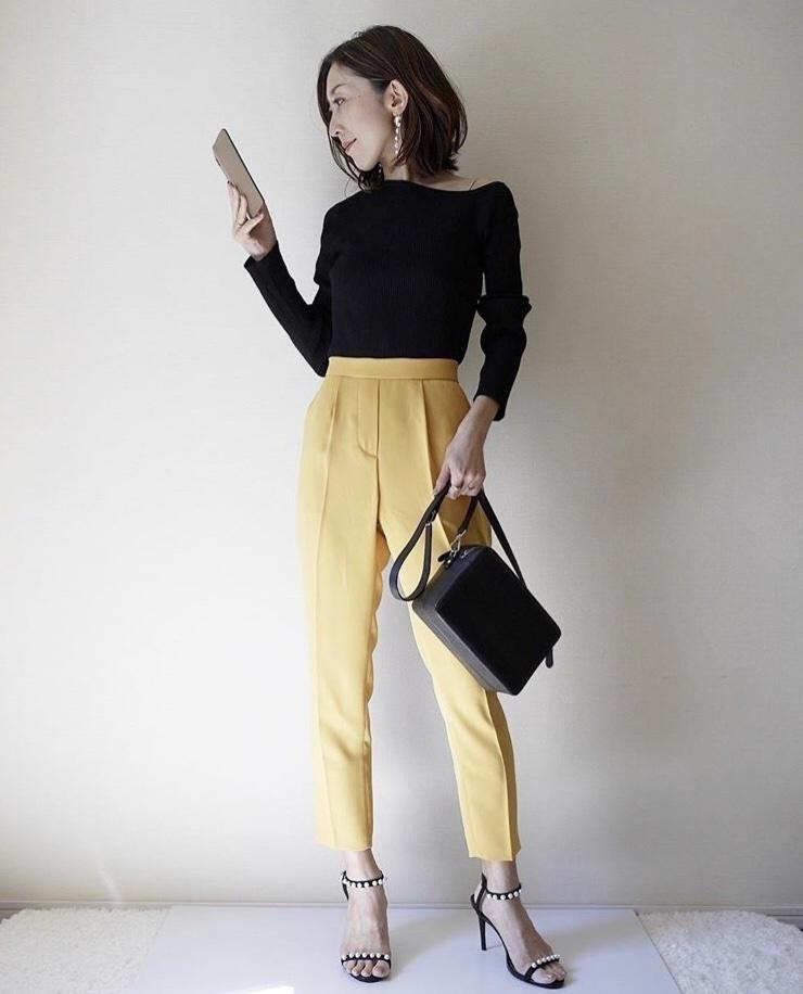 カラーパンツとワンショルニットで大人シンプルコーデ☀️🌿 春先はこんな綺麗色のパンツをファッションに取り入れたいです☺️ トレンドのワンショルニットと合わせて✨ #ShopStyle #MyShopStyle #LooksChallenge #Beauty #Lifestyle
