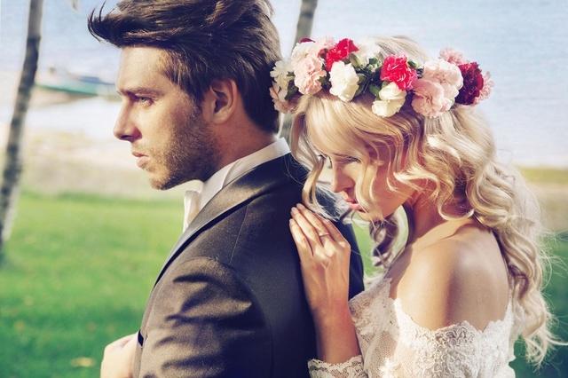 Vestido y complementos para una novia romántica #participaciones_de_boda #ShopStyle #MyShopStyle #Mens