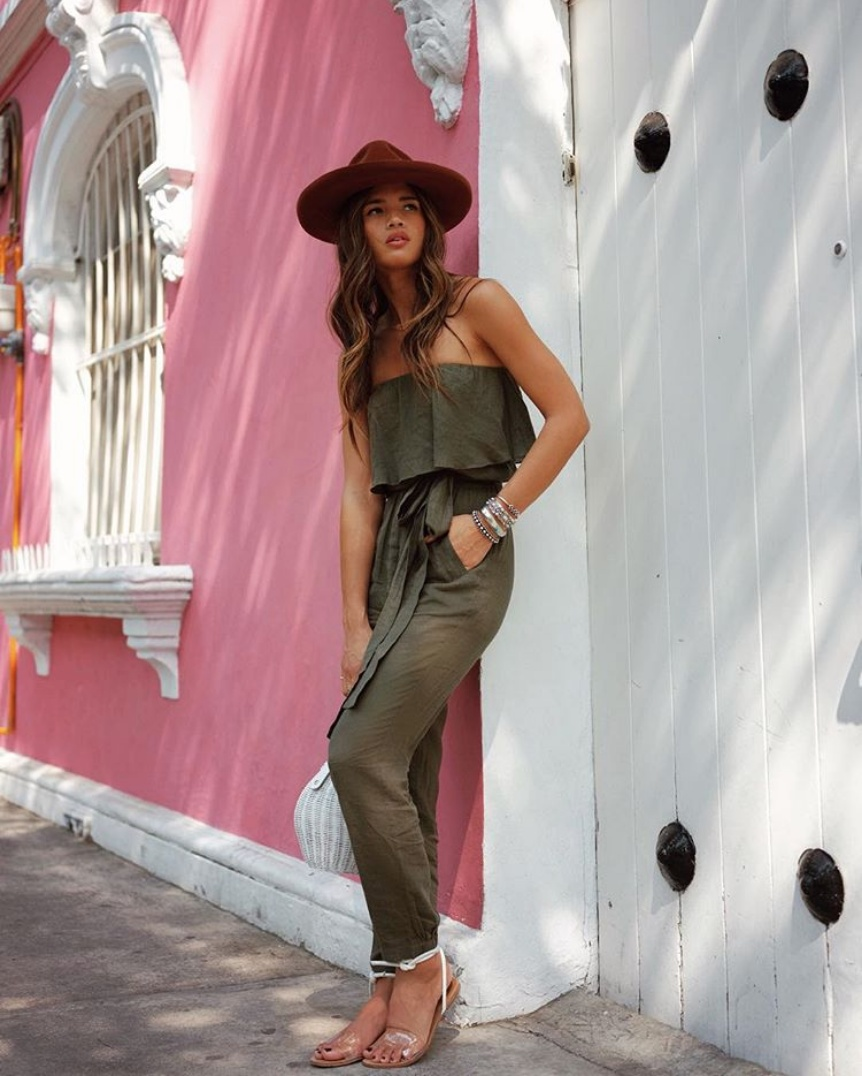 Last day in Mexico City wearing @vixpaulahermanny 💗 use ROCKY for 20 percent off... #ootd #rockytakesmexicocity 📷 @matt_coop  #ShopStyle #MyShopStyle #shopthelook