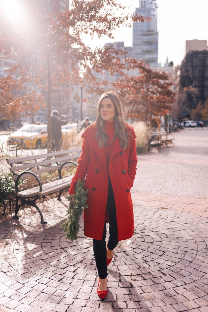 A Touch of Holiday Red #AnnTaylor #ThisIsAnn #sponsored  #ShopStyle