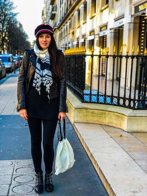 Paris #ShopStyle #MyShopStyle #LooksChallenge #Winter #Holiday #Lifestyle #TrendToWatch #Vacation #streetwear #christmastime