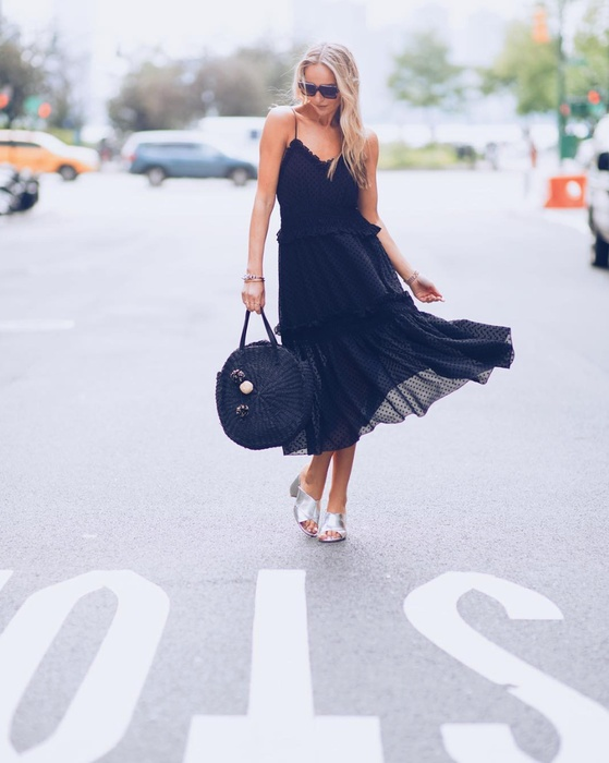 Lotta Black Dress
