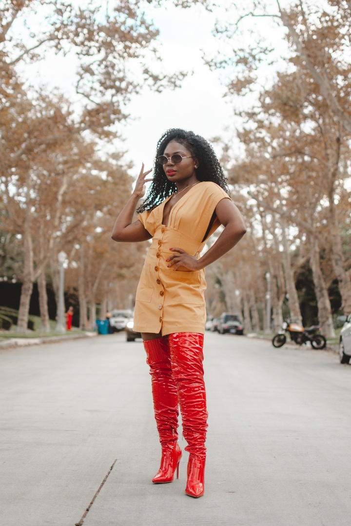 Look by Niké Ojekunle featuring Classique 3011 Thigh-High Boot