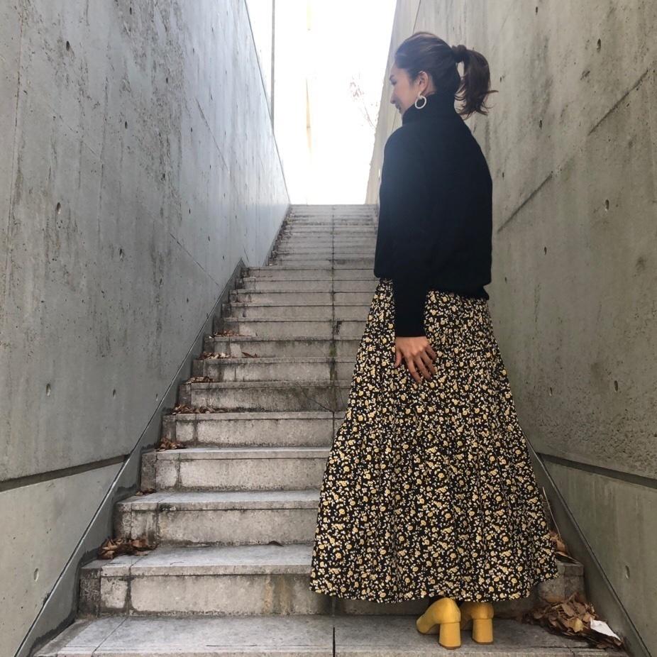 sslooksjp#pr #shopstylejp #fashiongram #ママコーデ#ootd_kob #mineby3mootd #プチプラコーデ #楽天お買い物部 #花柄スカート #花柄ワンピース #ニットコーデ#タートルニット #春コーデ