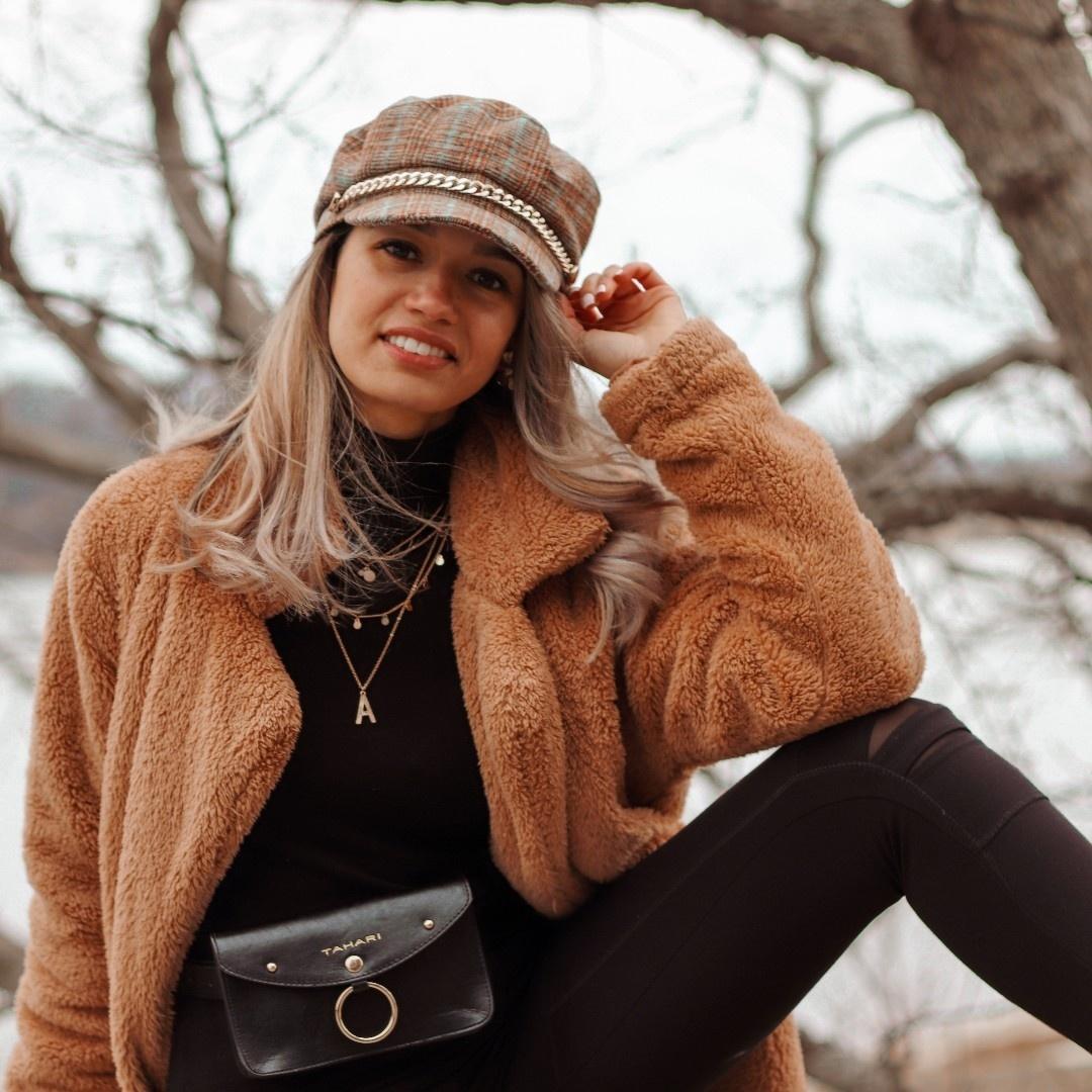 Look by Awilda Fernandez featuring Loveriche Overzised Teddy Bear Coat