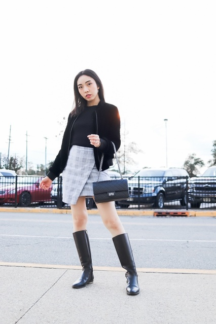Pair a plaid skirt with black for an instant edgy look. #edgy #chic