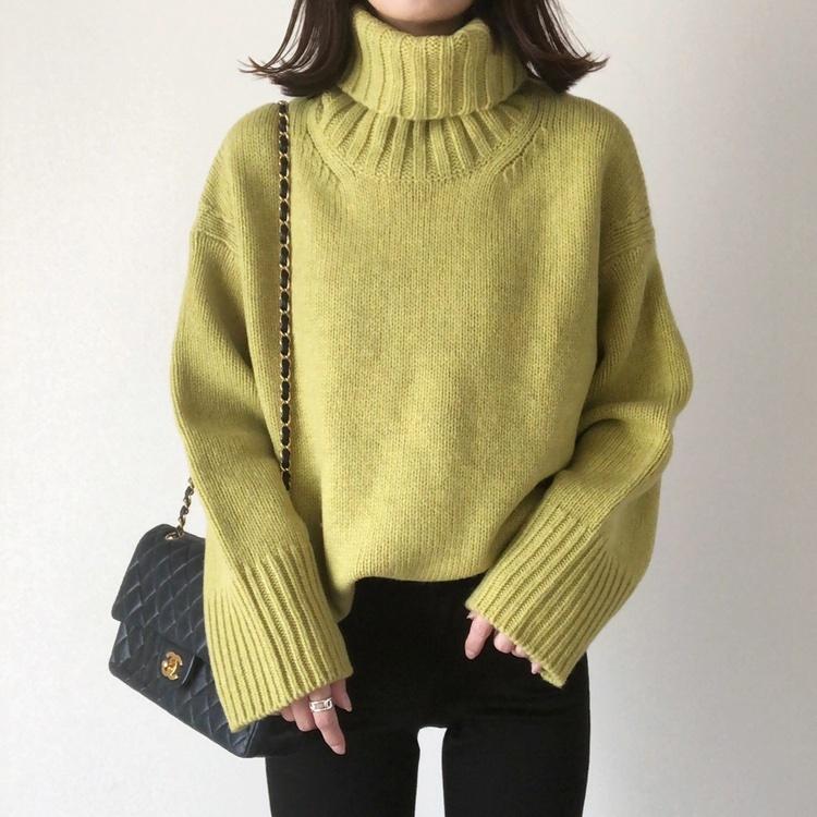 ・ @galerievie_jp のピスタチオ𓂃𓆃 ・ シンプルにブラックスキニー合わせも好きだけど、、 実はこういうライムカラーって合わせにくそうに見えて いろんな色と相性がいいんです𓋏✧ ・ グレー、ホワイト、ベージュ… やりたいコーデがたくさん𓂃𓅸✱ ・ スカートも合わせたいな♡ ・ ・