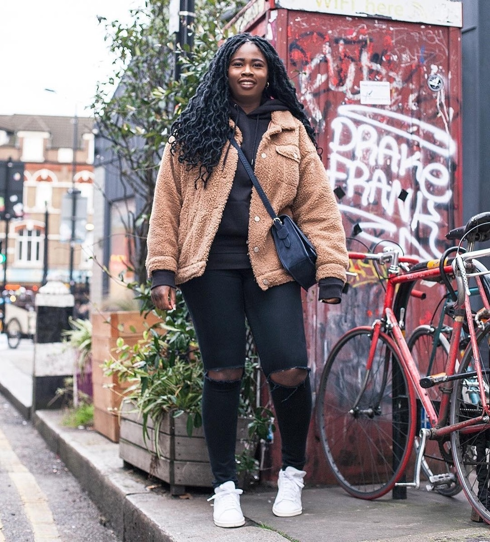 🐻 Stay warm in this rude weather! | @hj_lewis  . . . #dressdealeruk #streetwear #styleinspo #streetstyle #streetfashion #style #styleblogger #shopping #fashion #fashionblog #fashionblogger #fashionista #outfitoftheday #photooftheday #ootd #teddycoat #snow #london #melanin #locs #look #blogger #beautiful #trendy #trendsetter #getthelook #jamaicanblogger #instafashion #instagood
