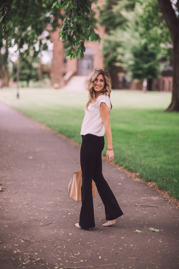 The best dress pants you'll ever put on! They pull on - no zipper or buttons! SO comfortable!